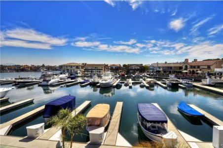Huntington Harbour CA Real Estate