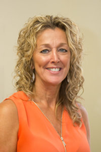 Commonwealth Real Estate Co Great Agentsgreat Results Amelia Ct Hse Va Real Estate Diane2